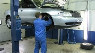 Как прокачать тормоза Тойота карина